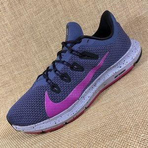 Nike running shoes Nike quest women's size 9.5